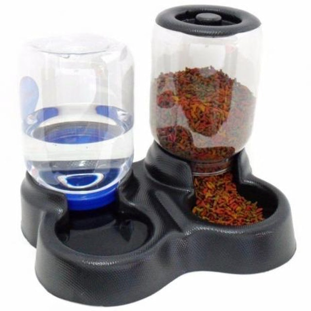Top 10 Best Auto Feeders For Cats To Buy In 2020