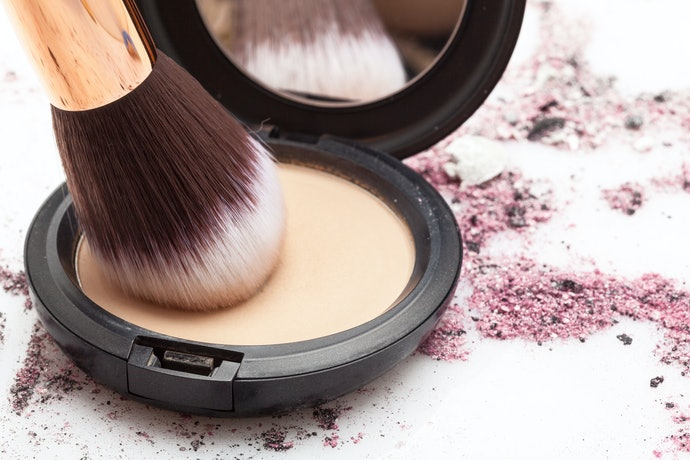 Top 10 Best Bases Powder In 2020 (Mac, Shiseido And More)