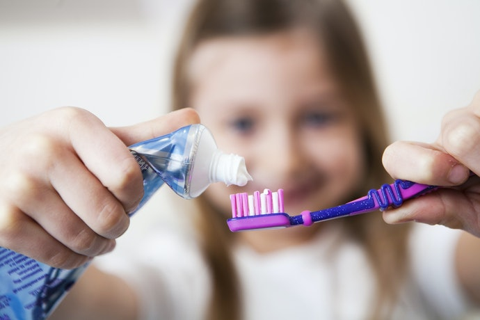 Top 10 Best Folder Tooth Kids To Buy In 2020 (Tandy, Colgate And More)