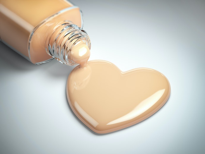 Top 10 Best Foundation For Mature Skin To Buy In 2020