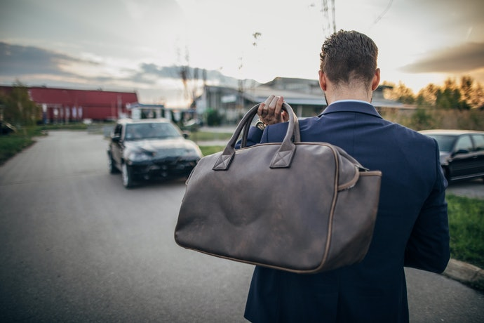 Top 10 Best Hand Bags For Travel In 2020