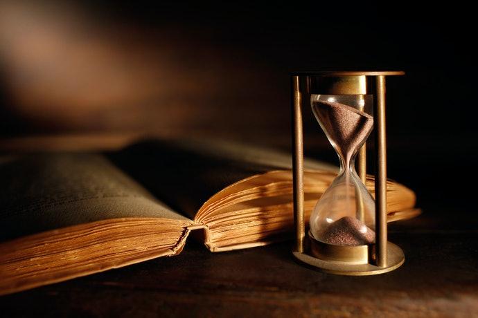 Top 10 Best Hourglasses To Buy In 2020