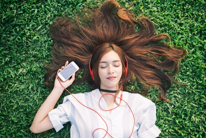 Top 10 Best Music Apps In 2020 (Deezer, Spotify And More)