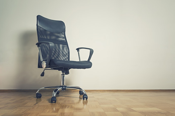 Top 10 Best Office Chairs There Were Books Involved