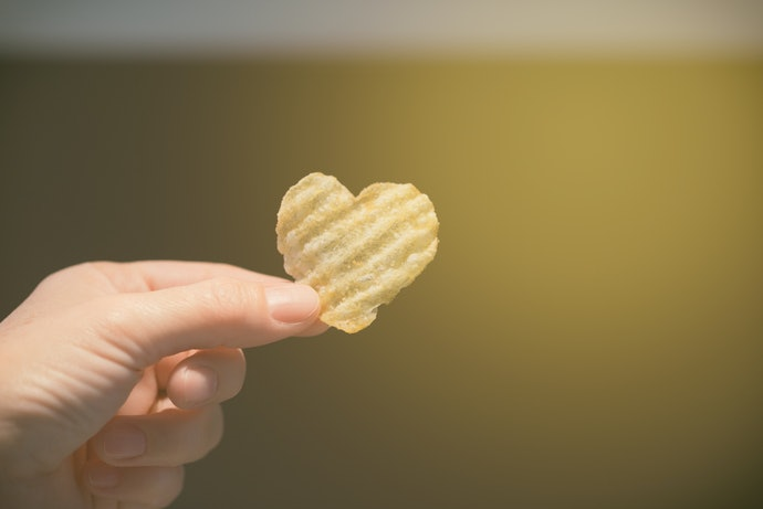 Top 10 Best Potato Chips To Buy In 2020 (Ruffles, Pringles And More)