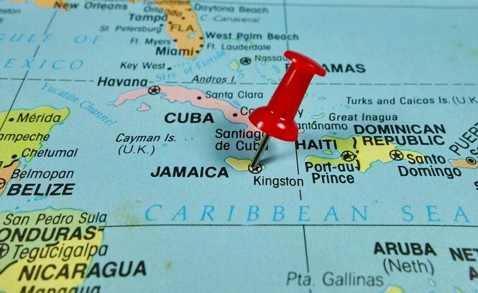 Top 10 Best Runs To Buy In 2020 (Bacardi, Havana Club And More)