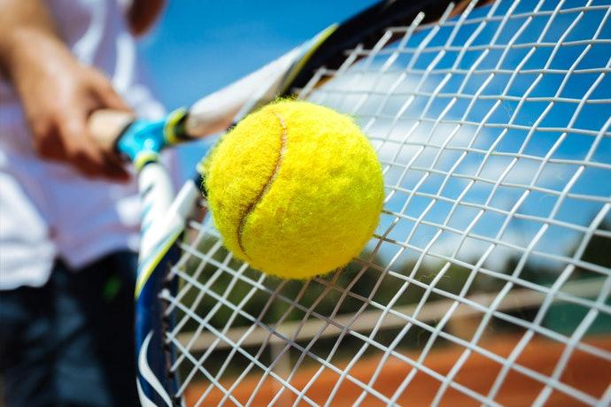 Top 10 Best Tennis Rackets To Buy In 2020